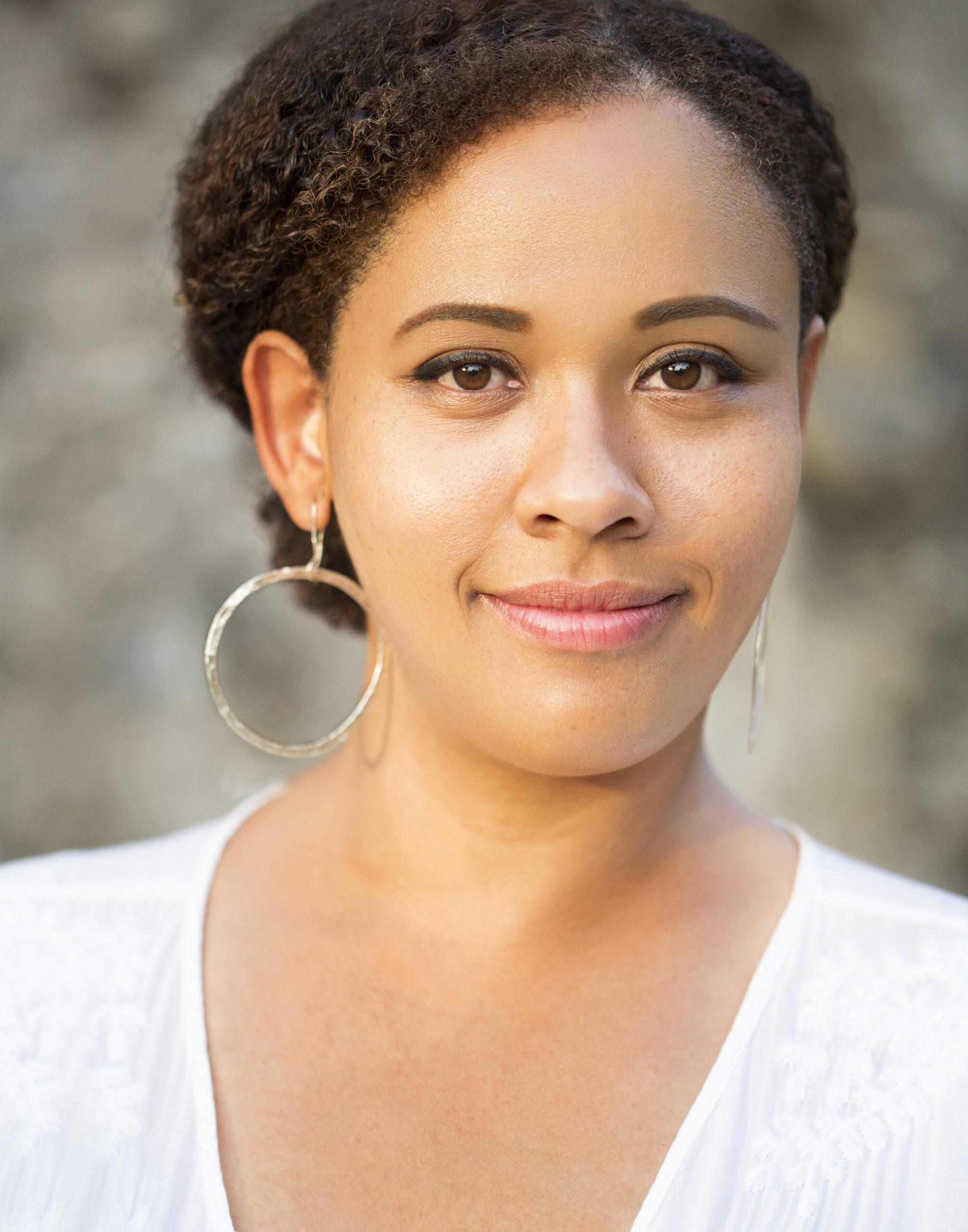 Headshot of Tami Navarro